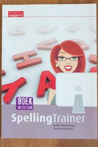 Marlies Wopereis van Lopende Teksten schreef het boek Spellingtrainer